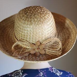 Liz Claiborne sun hat